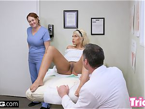 Trickery mummy Bridgette B has intercourse with large trouser snake doctor