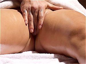 nasty masseuse makes Krissy Lynn shake after sensual love making