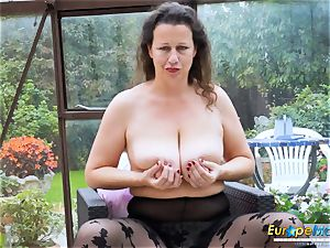 EuropeMaturE steamy busty Solo gal frolicking Alone