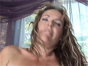 Getting that black jizz-shotgun stuck up her drenching raw pussy
