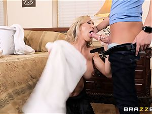 smashing milf Brandi love nads deep