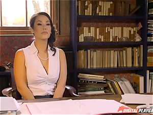 Headmistress Eva Lovia plays with her naughty schoolgirl