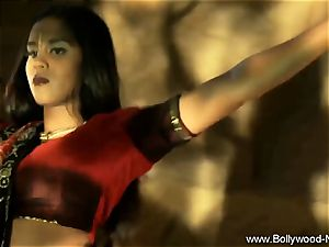 Indian milf stunner Is astounding When She Dances