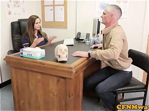 female domination Cayenne Klien makes patient jism