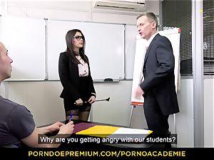 porno ACADEMIE - professor Valentina Nappi MMF 3some