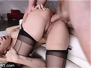 Stepsis Lyra is a jizz craving ambling seduction