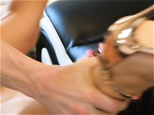Lana Rhoades slides that firm fuckpole into her scorching minge