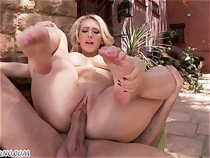 lewd huge-titted platinum-blonde Kagney Linn Karter gets torn up outdoor