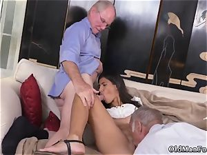 horny elder milf and guy gets fellatio first-ever time Going South Of The Border