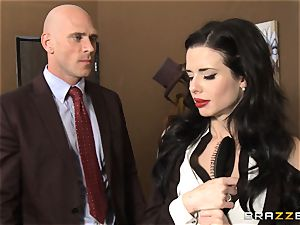 Veronica Avluv gets messy in the office and her chief finds out
