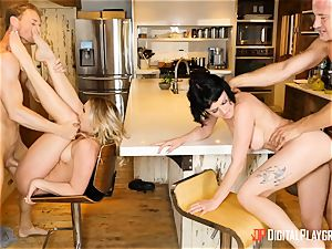 Mia Malkova and Olive Glass slit porked in the kitchen